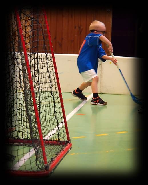 Floorball the thing in the corner