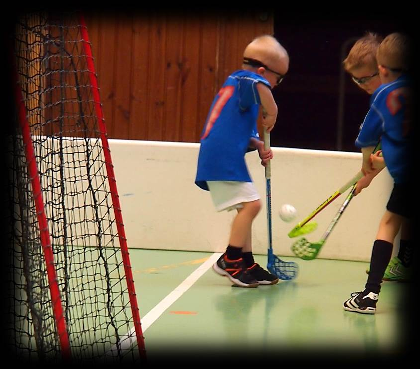 Floorball game and passing drill practices