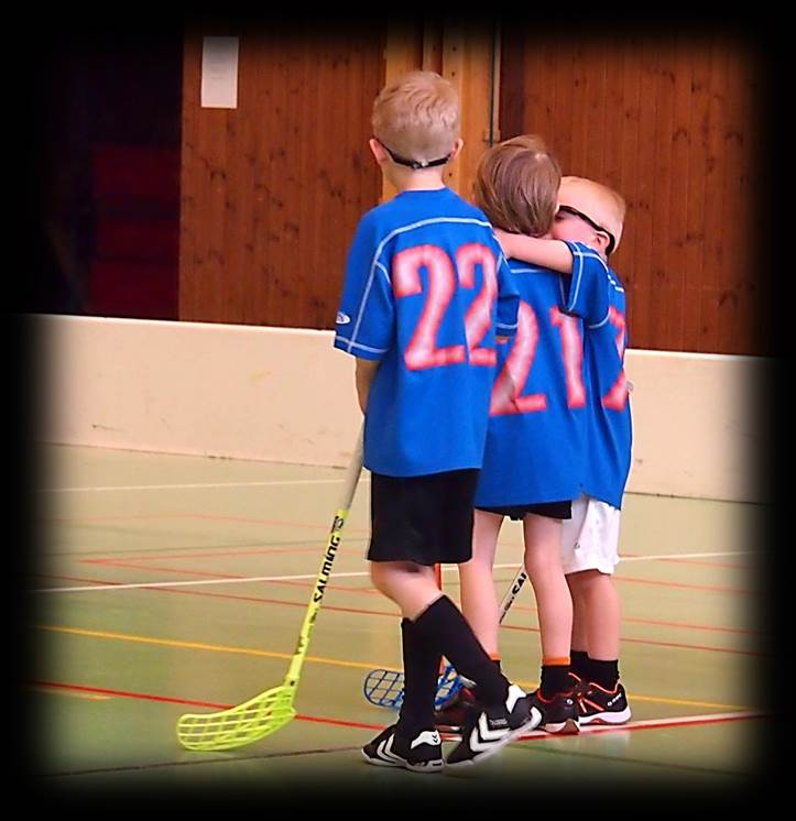 Floorball victory through best youth practices and drills